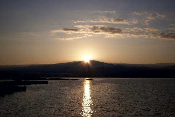 柴山潟の日ノ出