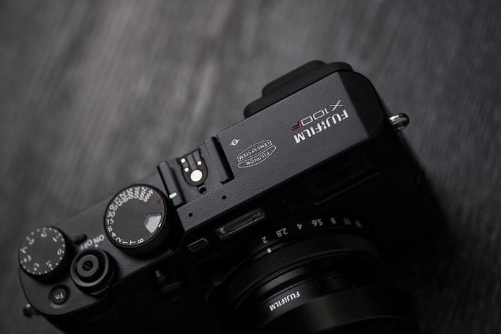X100F DESIGN Black